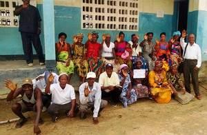 Ebola-Projekt_07-2014_300x200.jpg